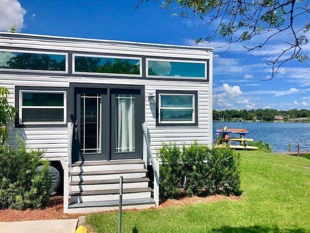 The Ritz - a tiny home on a lake