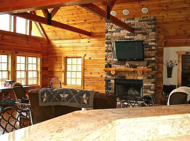 Luxury Bearfoot Lodge