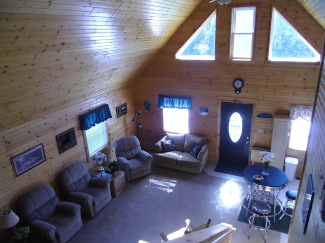 Pine View Meadows cabins interior