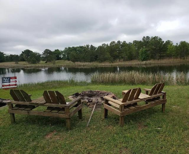 glamping cabin on the lake