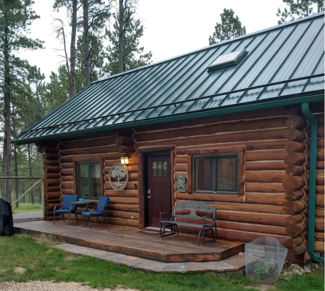 The Dog Friendly Deer Woods Cabin exterior