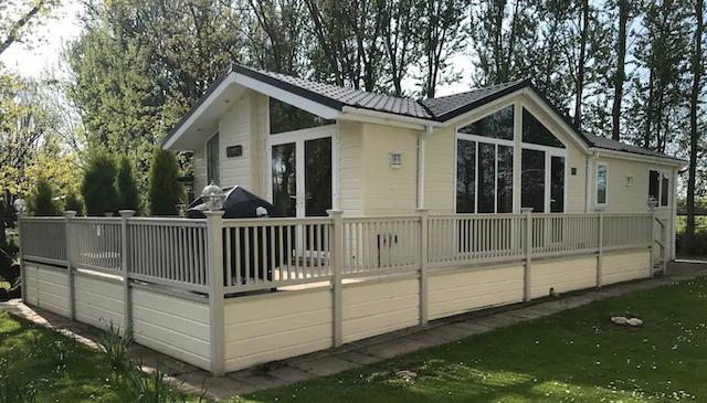 Laburnum Lodge cabin exterior With Hot Tub