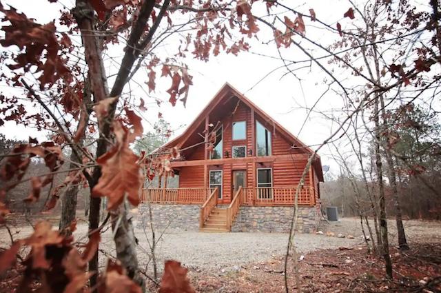Broken bow cabin exterior in the woods