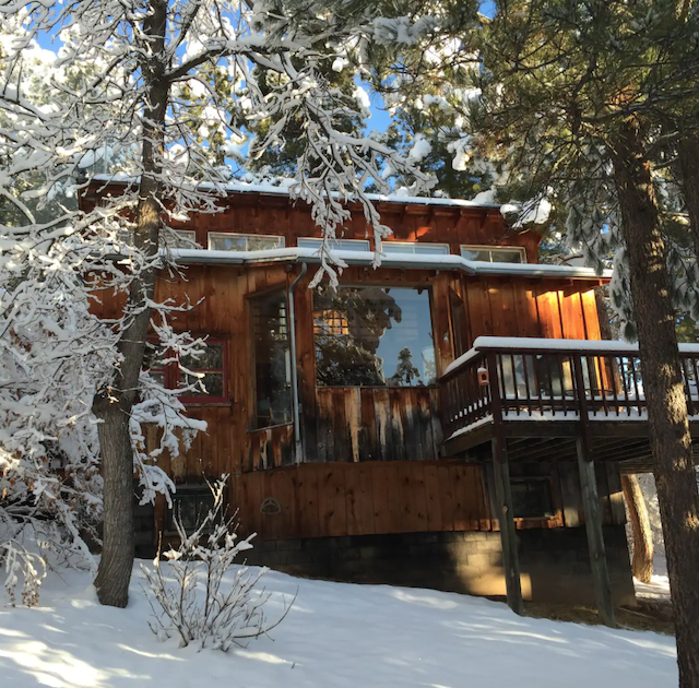 Secluded Coyote Ridge Lodge