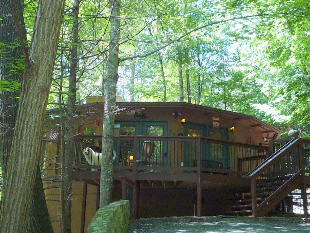 Dusty's TreeHouse Gatlinburg
